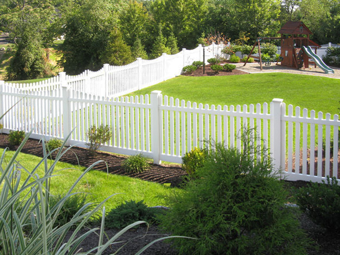 fence-surround-3-col-color