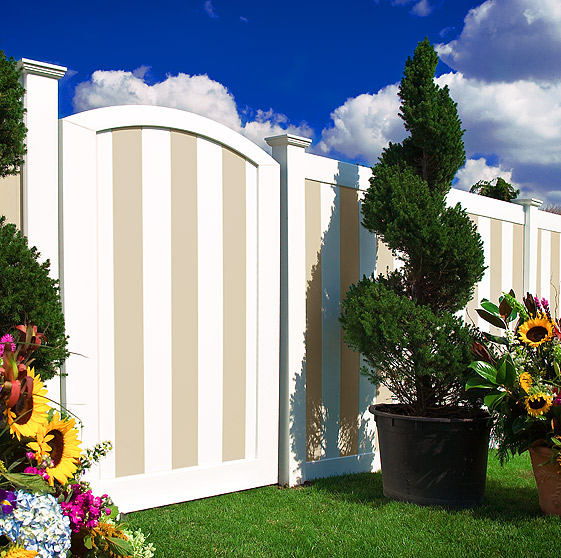 illusions-vinyl-fence-gate-color
