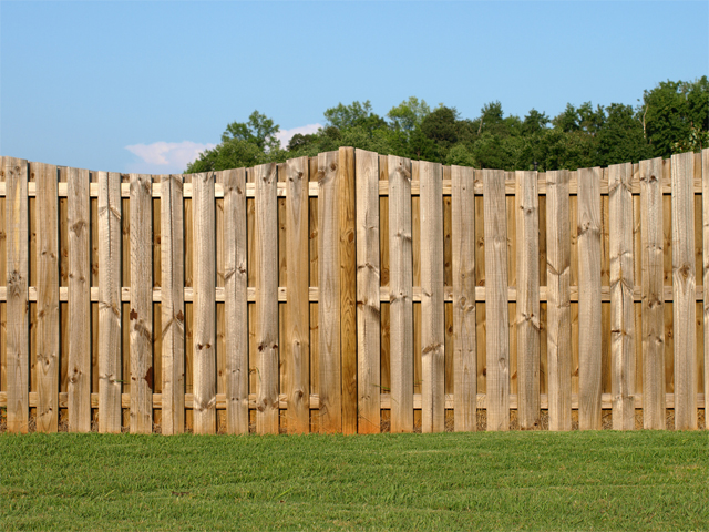 wood fence Nashville