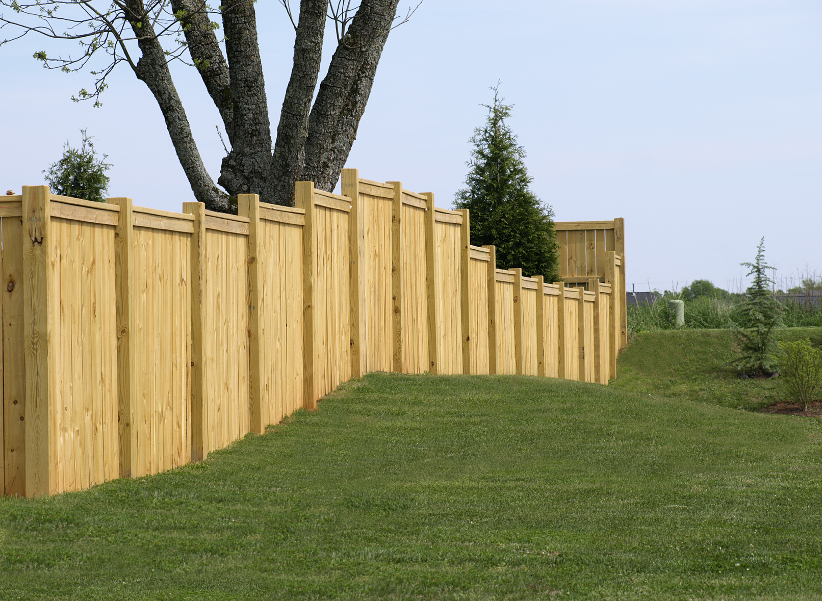 Knoxville Top Rail Property Fence