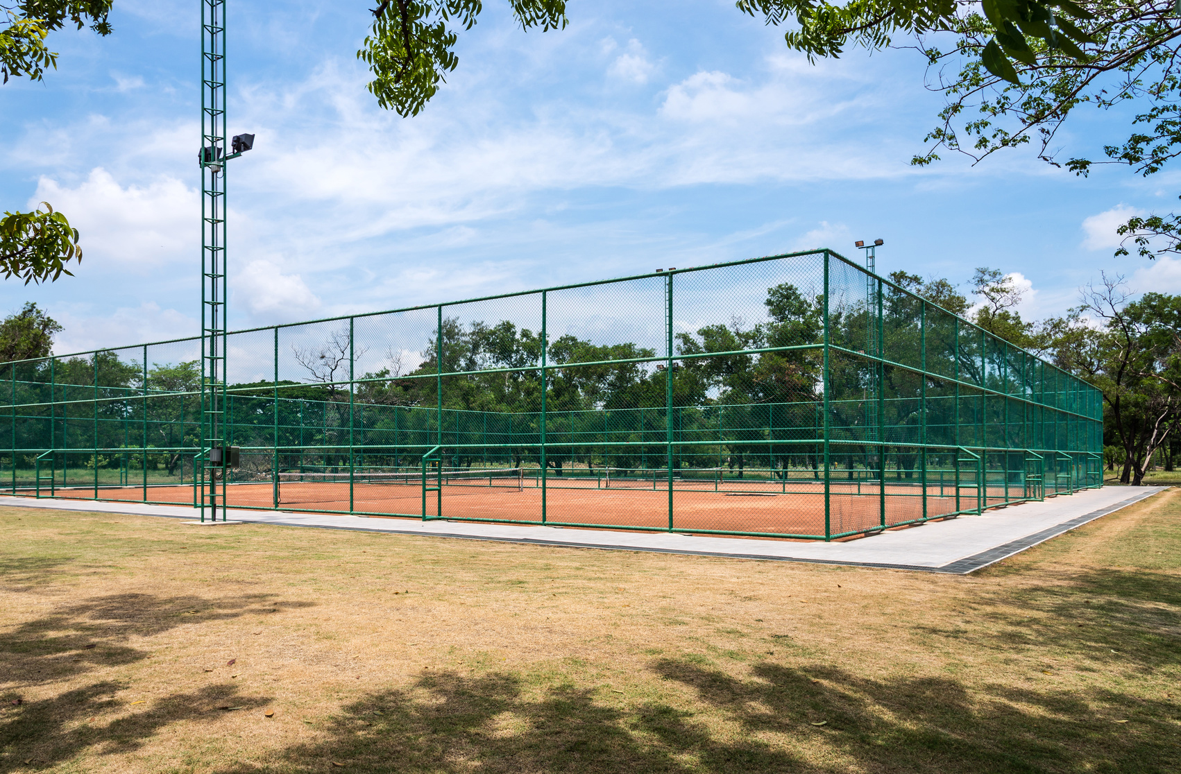 Tennis clay court  fence commercial