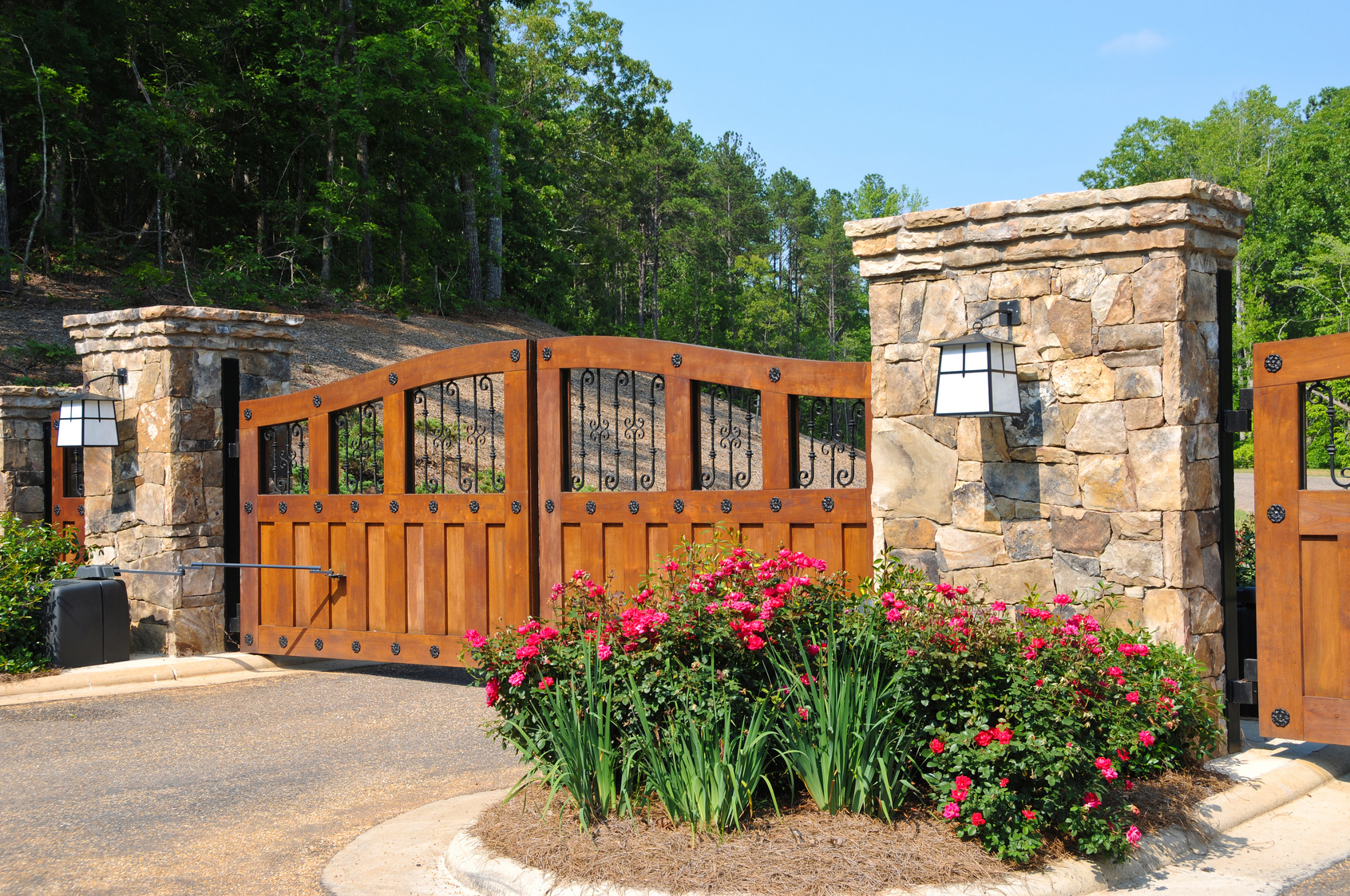 Stately Entrance to New Gated Community in knoxville